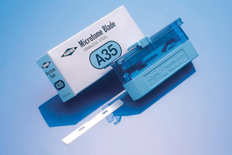 تیغ میکروتوم A35